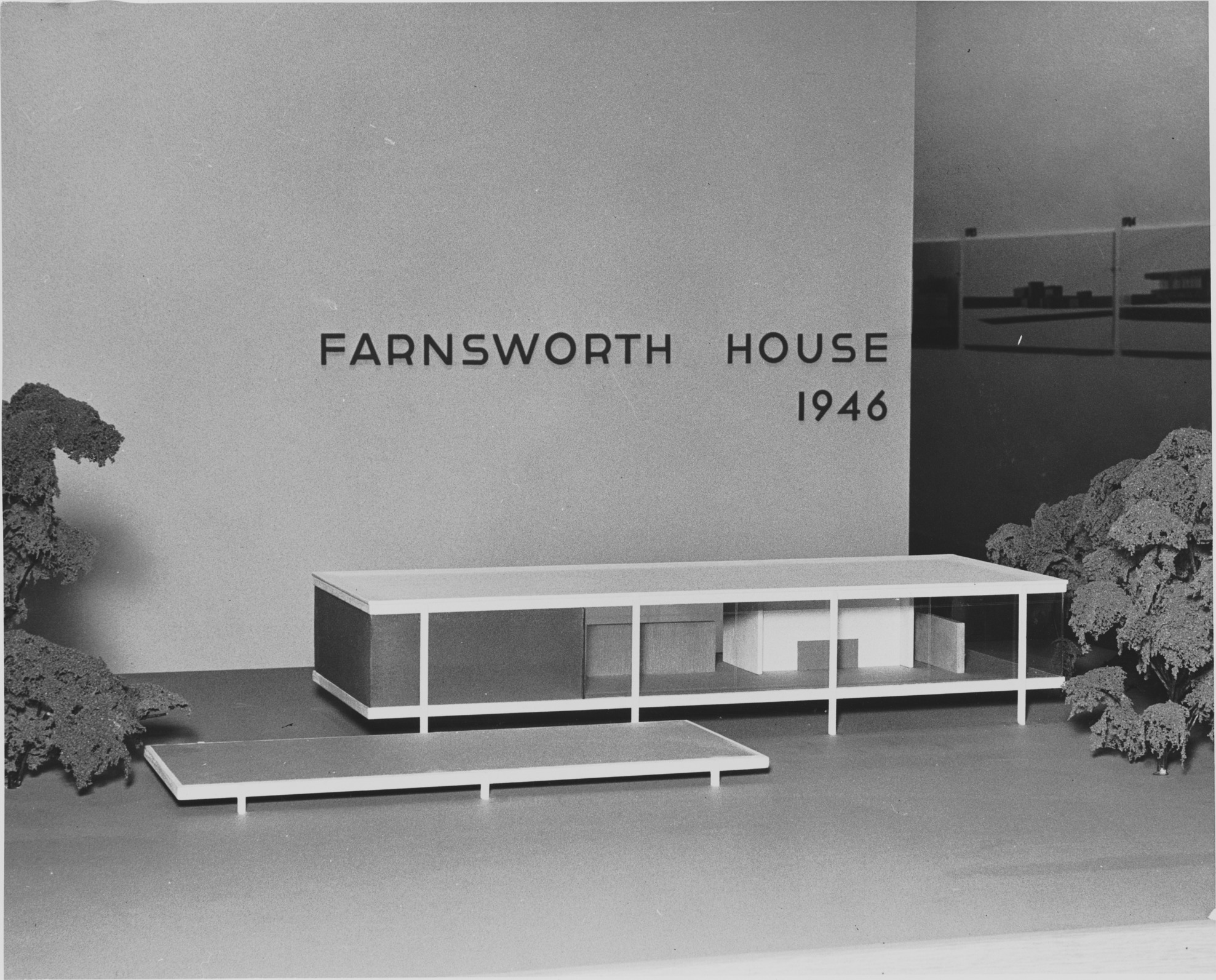 MoMA model of Farnsworth House