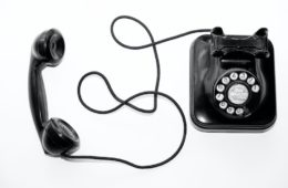 telephone with cord